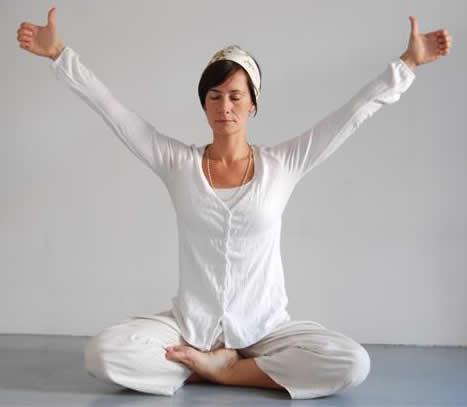 Kundalini Yoga Music: 10 Modern Versions to Old School Kundalini Music